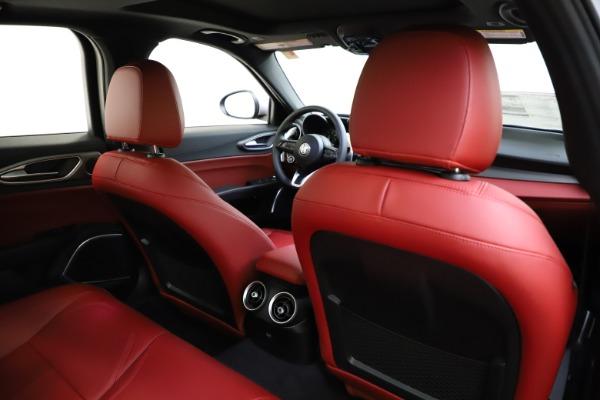 New 2020 Alfa Romeo Giulia Sport Q4 for sale Sold at Alfa Romeo of Greenwich in Greenwich CT 06830 26
