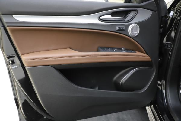 New 2020 Alfa Romeo Stelvio Ti Sport Q4 for sale Sold at Alfa Romeo of Greenwich in Greenwich CT 06830 17