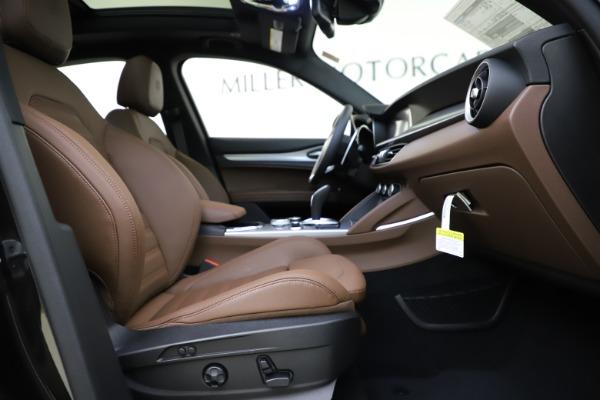 New 2020 Alfa Romeo Stelvio Ti Sport Q4 for sale Sold at Alfa Romeo of Greenwich in Greenwich CT 06830 23