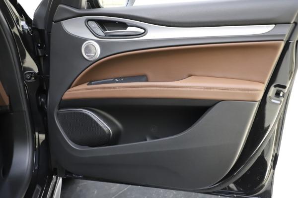 New 2020 Alfa Romeo Stelvio Ti Sport Q4 for sale Sold at Alfa Romeo of Greenwich in Greenwich CT 06830 25