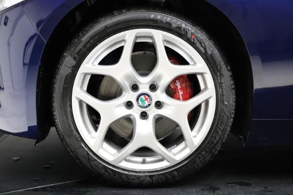 New 2020 Alfa Romeo Giulia Ti Q4 for sale $47,795 at Alfa Romeo of Greenwich in Greenwich CT 06830 27