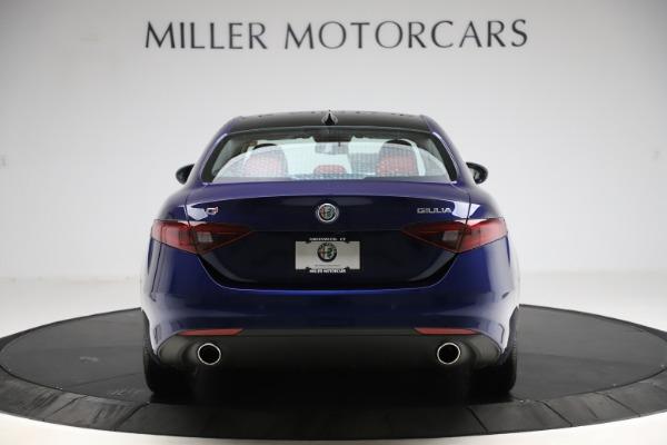 New 2020 Alfa Romeo Giulia Ti Q4 for sale $47,795 at Alfa Romeo of Greenwich in Greenwich CT 06830 6