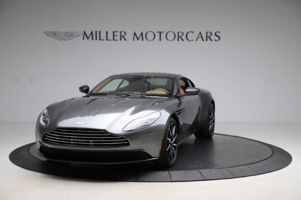 Used 2017 Aston Martin DB11 for sale $155,900 at Alfa Romeo of Greenwich in Greenwich CT 06830 11