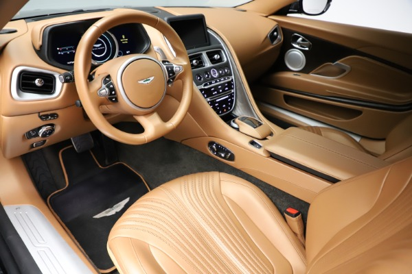 Used 2017 Aston Martin DB11 for sale $155,900 at Alfa Romeo of Greenwich in Greenwich CT 06830 13