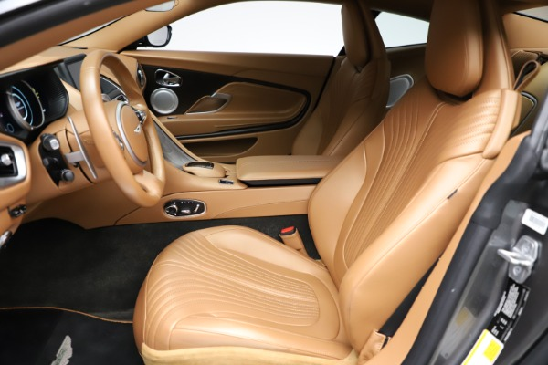 Used 2017 Aston Martin DB11 for sale $155,900 at Alfa Romeo of Greenwich in Greenwich CT 06830 14