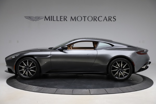 Used 2017 Aston Martin DB11 for sale $155,900 at Alfa Romeo of Greenwich in Greenwich CT 06830 2