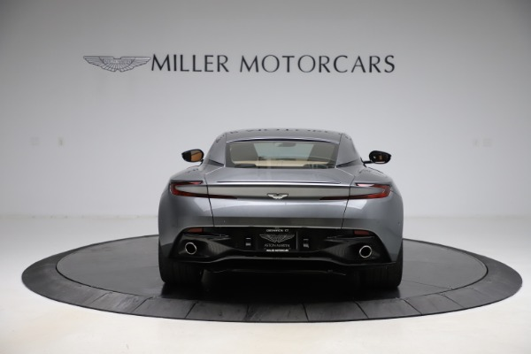Used 2017 Aston Martin DB11 for sale $155,900 at Alfa Romeo of Greenwich in Greenwich CT 06830 5