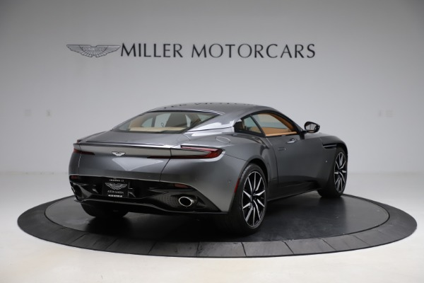 Used 2017 Aston Martin DB11 for sale $155,900 at Alfa Romeo of Greenwich in Greenwich CT 06830 6
