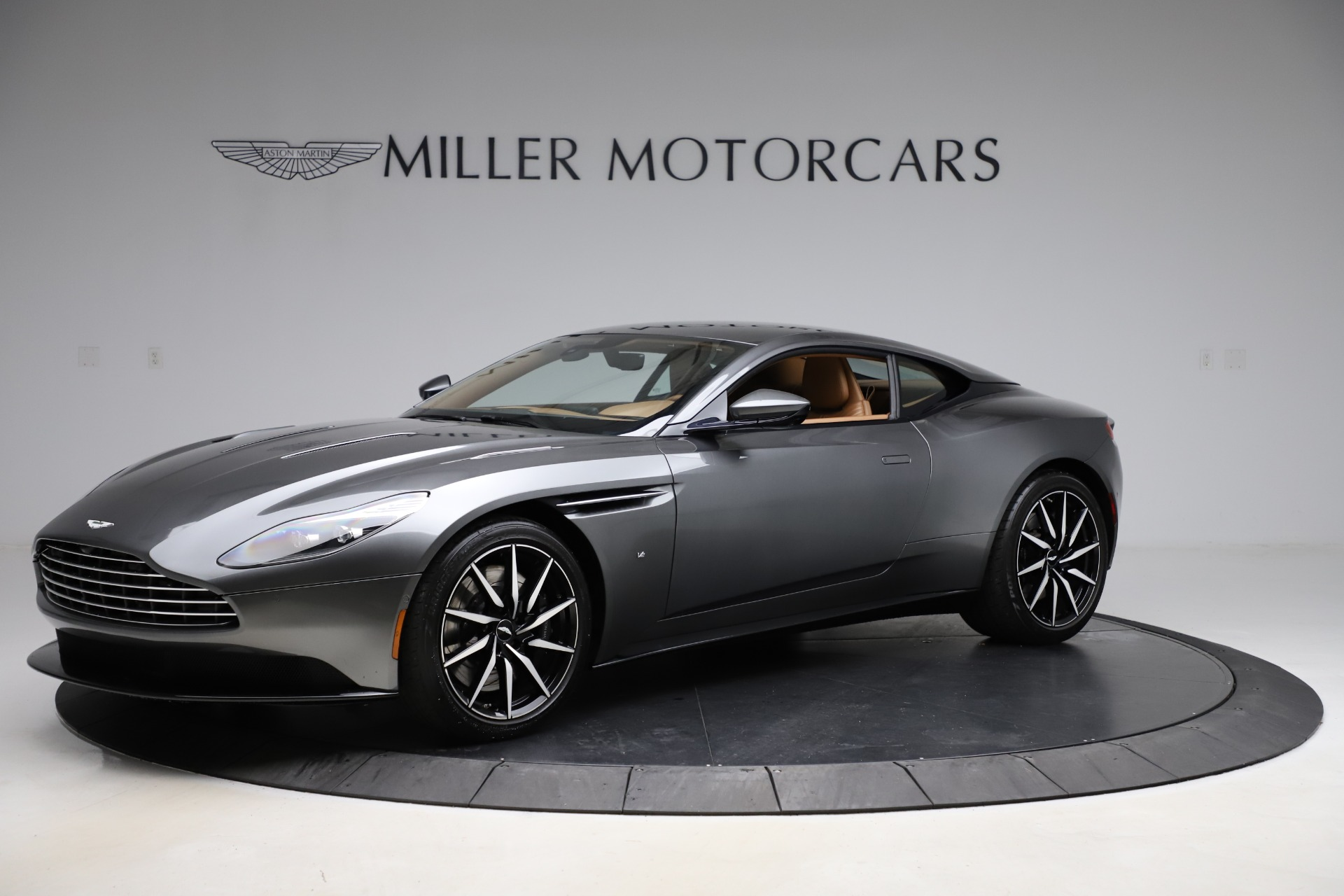 Used 2017 Aston Martin DB11 for sale $155,900 at Alfa Romeo of Greenwich in Greenwich CT 06830 1