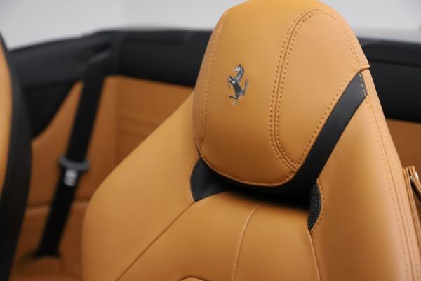 Used 2016 Ferrari California T for sale Sold at Alfa Romeo of Greenwich in Greenwich CT 06830 20