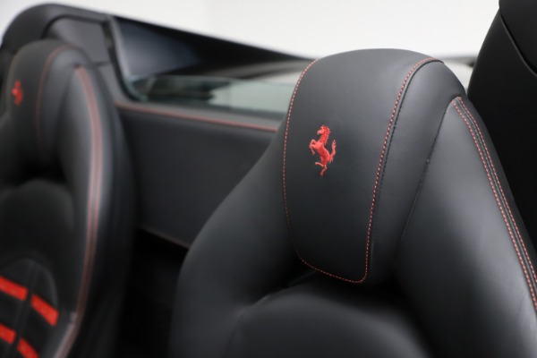 Used 2017 Ferrari 488 Spider for sale $276,900 at Alfa Romeo of Greenwich in Greenwich CT 06830 21