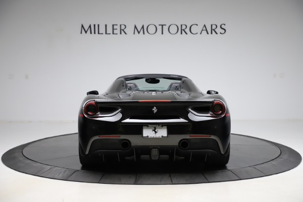 Used 2017 Ferrari 488 Spider for sale $276,900 at Alfa Romeo of Greenwich in Greenwich CT 06830 6