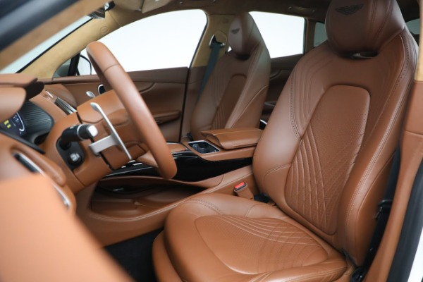 New 2021 Aston Martin DBX for sale $211,636 at Alfa Romeo of Greenwich in Greenwich CT 06830 15