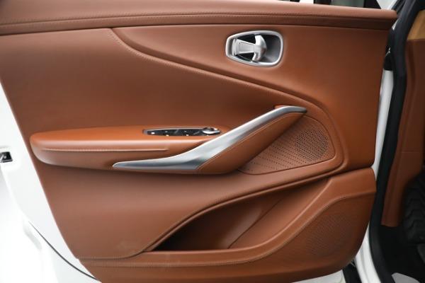 New 2021 Aston Martin DBX for sale $211,636 at Alfa Romeo of Greenwich in Greenwich CT 06830 16