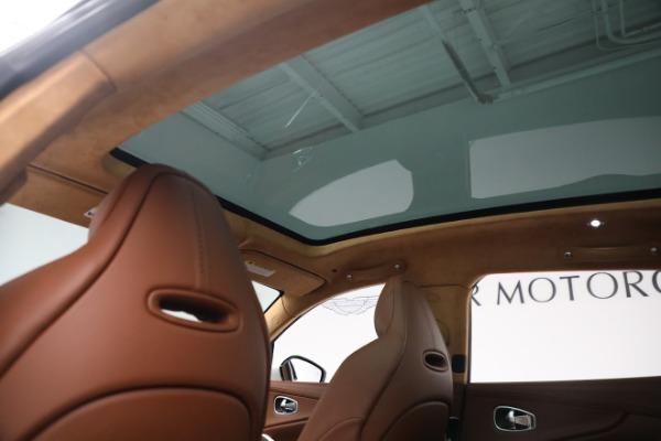 New 2021 Aston Martin DBX for sale $211,636 at Alfa Romeo of Greenwich in Greenwich CT 06830 19