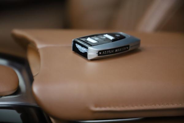 New 2021 Aston Martin DBX for sale $211,636 at Alfa Romeo of Greenwich in Greenwich CT 06830 22