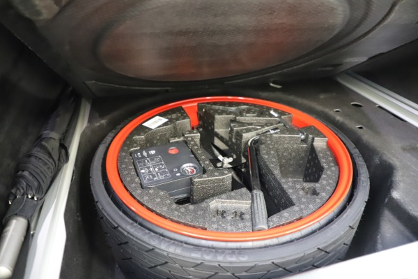 New 2021 Aston Martin DBX for sale $211,636 at Alfa Romeo of Greenwich in Greenwich CT 06830 27