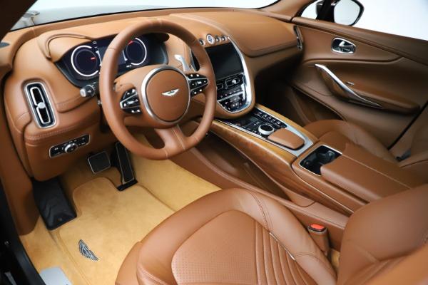 New 2021 Aston Martin DBX for sale $226,836 at Alfa Romeo of Greenwich in Greenwich CT 06830 13