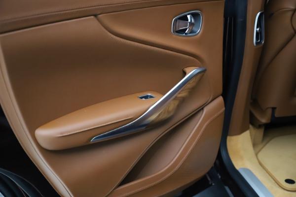 New 2021 Aston Martin DBX for sale $226,836 at Alfa Romeo of Greenwich in Greenwich CT 06830 22