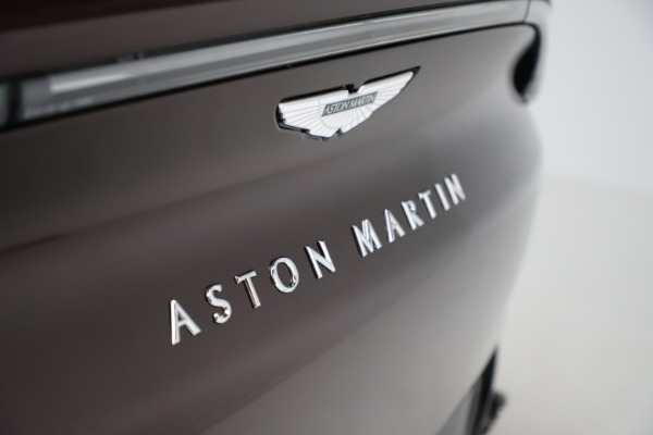 New 2021 Aston Martin DBX for sale $226,836 at Alfa Romeo of Greenwich in Greenwich CT 06830 24