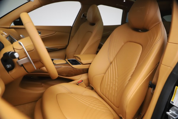 New 2021 Aston Martin DBX for sale $212,886 at Alfa Romeo of Greenwich in Greenwich CT 06830 15