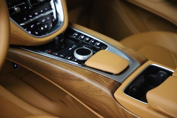 New 2021 Aston Martin DBX for sale $212,886 at Alfa Romeo of Greenwich in Greenwich CT 06830 17