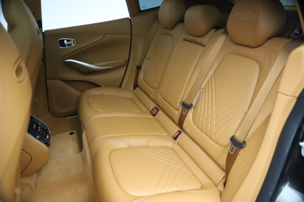 New 2021 Aston Martin DBX for sale $212,886 at Alfa Romeo of Greenwich in Greenwich CT 06830 19