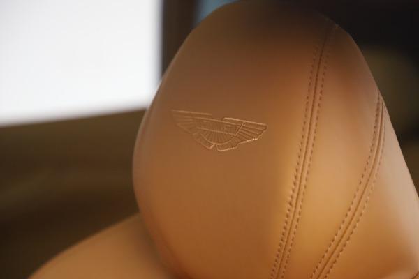 New 2021 Aston Martin DBX for sale $212,886 at Alfa Romeo of Greenwich in Greenwich CT 06830 23