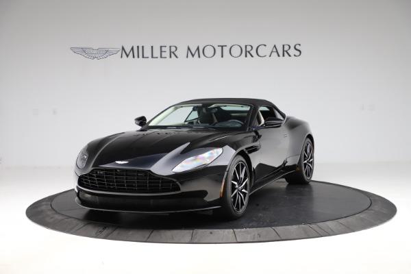 Used 2020 Aston Martin DB11 Volante for sale $209,900 at Alfa Romeo of Greenwich in Greenwich CT 06830 24