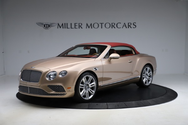 Used 2017 Bentley Continental GTC W12 for sale $165,900 at Alfa Romeo of Greenwich in Greenwich CT 06830 11