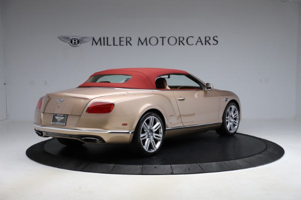 Used 2017 Bentley Continental GTC W12 for sale $165,900 at Alfa Romeo of Greenwich in Greenwich CT 06830 17