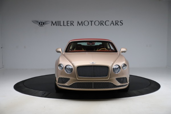 Used 2017 Bentley Continental GTC W12 for sale $165,900 at Alfa Romeo of Greenwich in Greenwich CT 06830 21