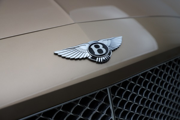 Used 2017 Bentley Continental GTC W12 for sale $165,900 at Alfa Romeo of Greenwich in Greenwich CT 06830 24