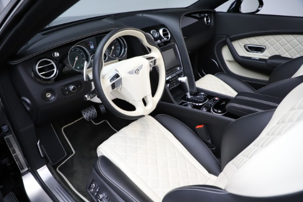 Used 2017 Bentley Continental GTC V8 S for sale $159,900 at Alfa Romeo of Greenwich in Greenwich CT 06830 24