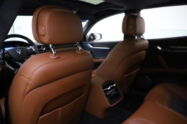Used 2017 Maserati Quattroporte S Q4 GranLusso for sale $59,900 at Alfa Romeo of Greenwich in Greenwich CT 06830 20