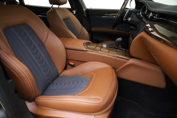 Used 2017 Maserati Quattroporte S Q4 GranLusso for sale $59,900 at Alfa Romeo of Greenwich in Greenwich CT 06830 24