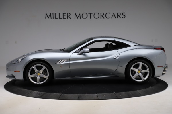 Used 2013 Ferrari California 30 for sale $103,900 at Alfa Romeo of Greenwich in Greenwich CT 06830 14