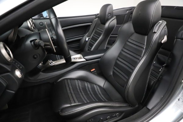 Used 2013 Ferrari California 30 for sale $103,900 at Alfa Romeo of Greenwich in Greenwich CT 06830 21