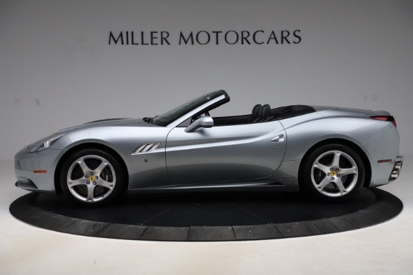 Used 2013 Ferrari California 30 for sale $103,900 at Alfa Romeo of Greenwich in Greenwich CT 06830 3