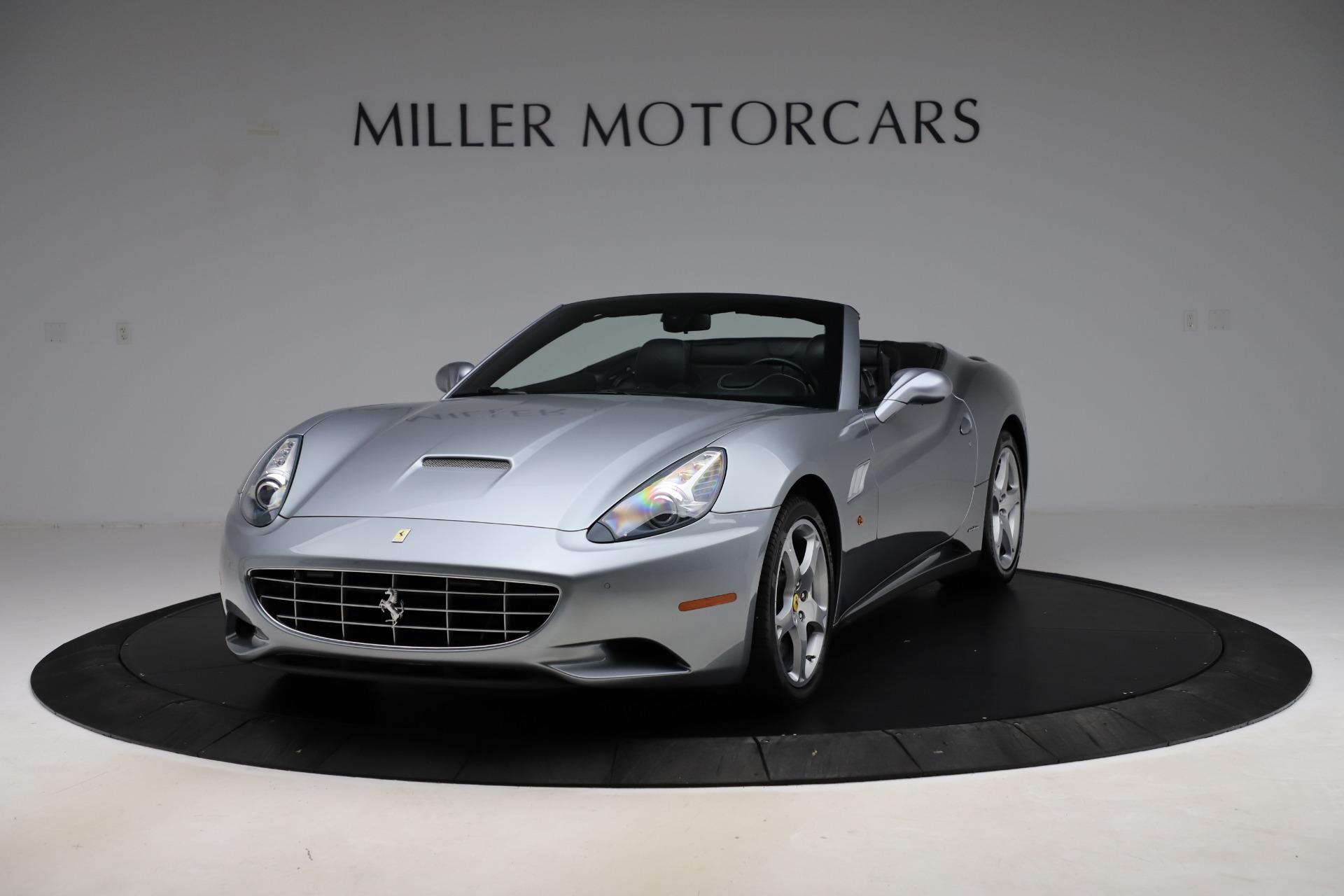 Used 2013 Ferrari California 30 for sale $103,900 at Alfa Romeo of Greenwich in Greenwich CT 06830 1