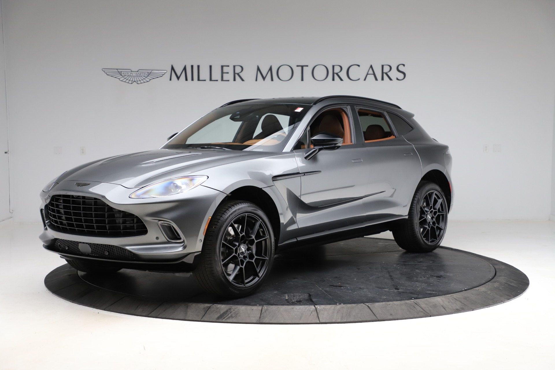 New 2021 Aston Martin DBX SUV for sale $229,486 at Alfa Romeo of Greenwich in Greenwich CT 06830 1