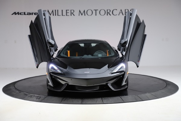 Used 2019 McLaren 570S for sale $177,900 at Alfa Romeo of Greenwich in Greenwich CT 06830 12