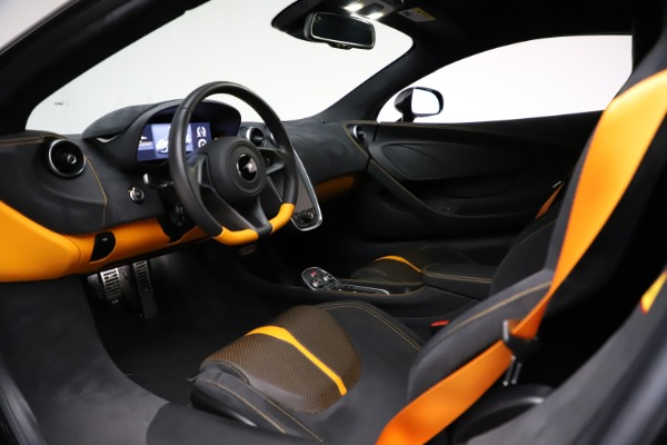 Used 2019 McLaren 570S for sale $177,900 at Alfa Romeo of Greenwich in Greenwich CT 06830 16