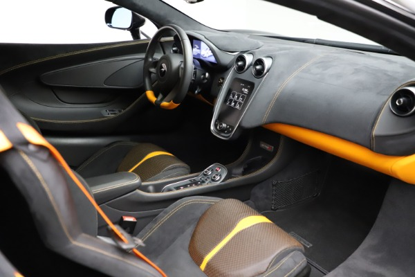 Used 2019 McLaren 570S for sale $177,900 at Alfa Romeo of Greenwich in Greenwich CT 06830 19