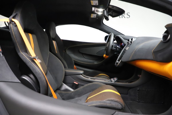 Used 2019 McLaren 570S for sale $177,900 at Alfa Romeo of Greenwich in Greenwich CT 06830 20