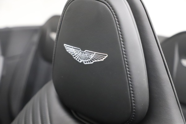 New 2021 Aston Martin DB11 Volante Convertible for sale $254,416 at Alfa Romeo of Greenwich in Greenwich CT 06830 23