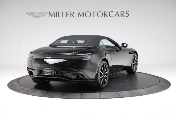 New 2021 Aston Martin DB11 Volante Convertible for sale $254,416 at Alfa Romeo of Greenwich in Greenwich CT 06830 27