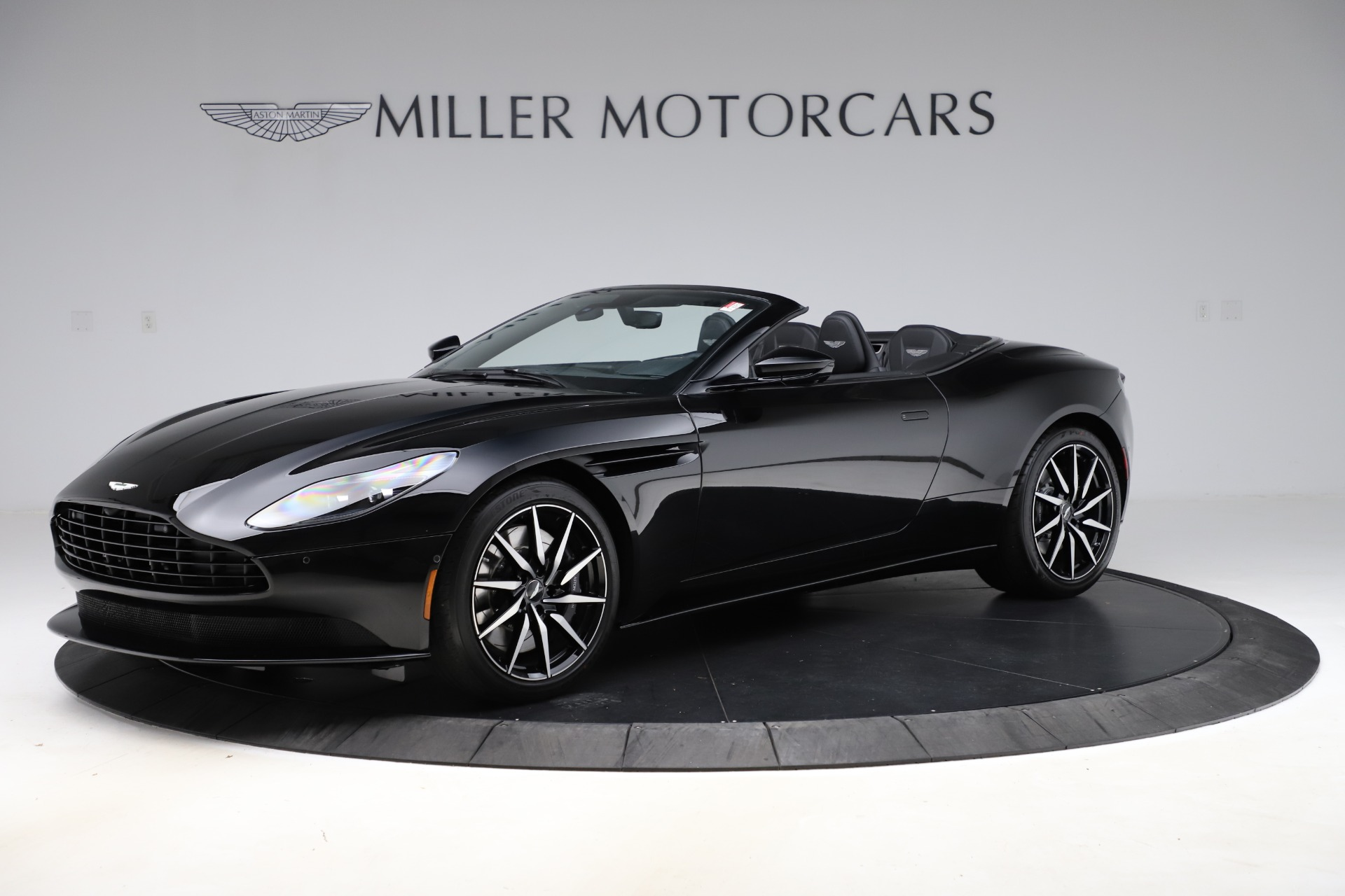 New 2021 Aston Martin DB11 Volante Convertible for sale $254,416 at Alfa Romeo of Greenwich in Greenwich CT 06830 1