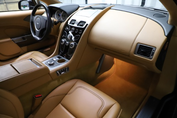 Used 2016 Aston Martin Rapide S for sale $123,900 at Alfa Romeo of Greenwich in Greenwich CT 06830 20