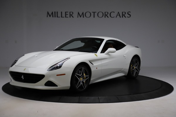Used 2018 Ferrari California T for sale $169,900 at Alfa Romeo of Greenwich in Greenwich CT 06830 13